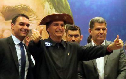 Bolsonaro defende união e anuncia nomes para eventual ministério