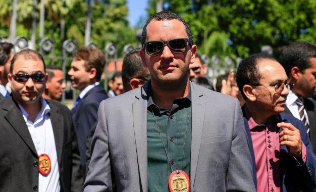 Jornal Nacional denuncia superlotação na delegacia de Picos