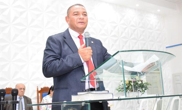 Pastor A. Filho será condecorado em solenidade pela Polícia Militar do Piauí