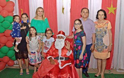 Prefeitura de Marcos Parente promove evento natalino em praça pública