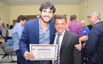 Dr. Marcus Vinícius recebe título de cidadania em Marcos Parente