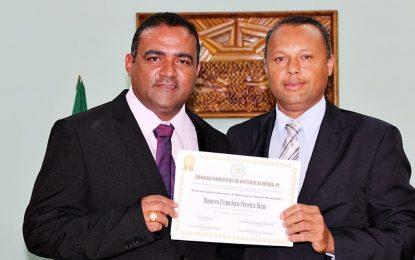 Empresário Homero Sena recebe título de cidadania em Antônio Almeida