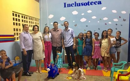 Marcos  Parente inaugura a sua Inclusoteca pra crianças do CRAS