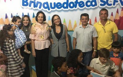Marcos Parente inaugura brinquedoteca para usuários do SCFV