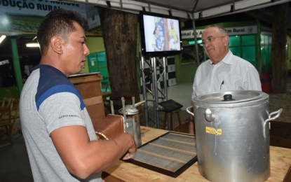 Sistema FAEPI/SENAR-PI movimenta a maior feira agropecuária do Piauí
