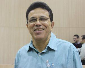 Deputado Zé Santana assumirá vaga de senador dia 17/12