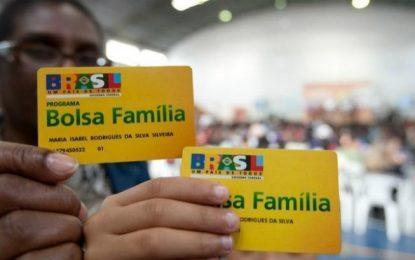 No 1° mês com Bolsonaro, Bolsa Família corta 381 mil benefícios