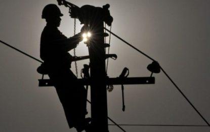 Funcionário da Eletrobras é hospitalizado após receber descarga elétrica em Floriano