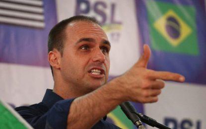 Maduro só sai à base do tiro, diz Eduardo Bolsonaro
