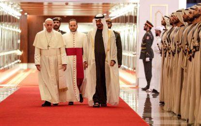 Francisco é o 1º Papa a visitar os Emirados Árabes