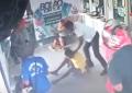 Presidente do PSOL de Floriano agride morador de rua dentro de casa lotérica