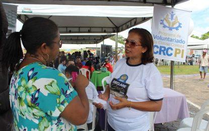 CRC-PI orienta população sobre IR e declaração do MEI no Teresina em Ação