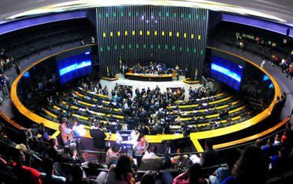 Plenário vota proteção a autistas e tarifa social de energia