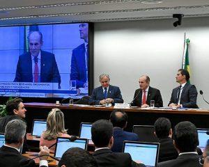 Governo Federal não prevê na LDO ganho real para salário em 2020