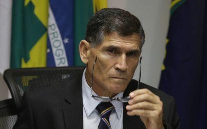 Bolsonaro demite General Santos Cruz da Secretaria de Governo
