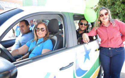 Conselho Tutelar de Guadalupe recebe carro das mãos do deputado Georgiano Neto e da prefeita Neidinha