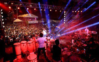 Show de Bell Marques reúne milhares de pessoas na última noite de Urufolia