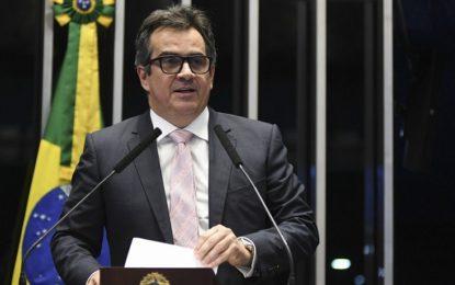 Ciro garante recursos para infraestrutura em 22 municípios no Piauí
