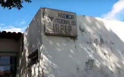 Descaso: Sede do IASPI em Floriano se encontra em situação de abandono