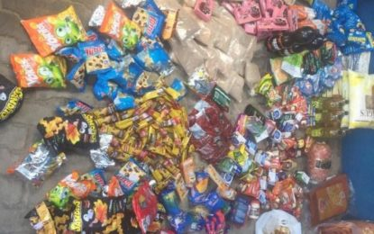 Vigilância Sanitária de Floriano apreende meia tonelada de alimentos vencidos