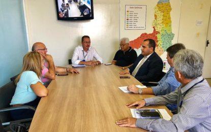 Neidinha e Georgiano Neto cobram explicações aos diretores da Agespisa, sobre taxas abusivas em Guadalupe