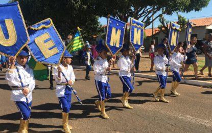 Marcos Parente celebra Independência do Brasil com Caminhada da Pátria e Hasteamento das Bandeiras