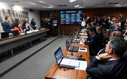 CCJ do Senado aprova reforma da Previdência