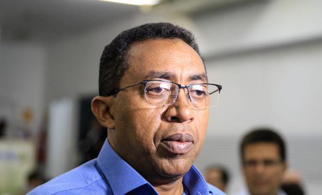 MP pede que Joel Rodrigues melhore Ideb das escolas municipais de Floriano