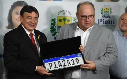 Piauí adota placa do Mercosul que visa diminuir roubo e clonagem de veículos
