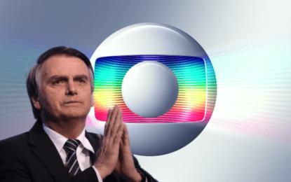 Bolsonaro ofende a TV Globo em transmissão nas redes sociais