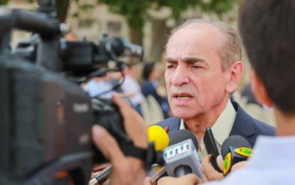 Senador Marcelo Castro quer cobrar taxa pelo uso do sol e do vento