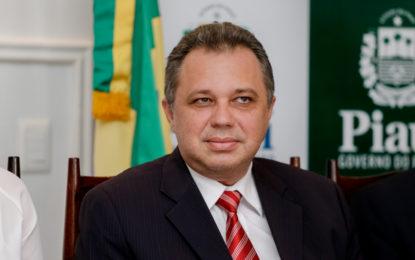 Governo do Piauí corre para dar cala boca a médicos do interior