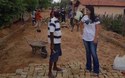 Administração da prefeita Aldara Pinto garante mais calçamento para Jerumenha
