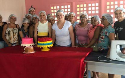 Prefeitura de Marcos Parente realizou curso profissionalizante de Confeitaria