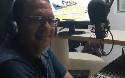 Radialista tem estúdio invadido por dois vereadores de Guadalupe