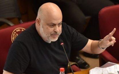 Senador paraguaio defende morte de 100 mil brasileiros