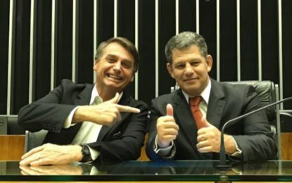 Bebianno diz à PF que Bolsonaro chancelou repasses a Bivar para entrar no PSL
