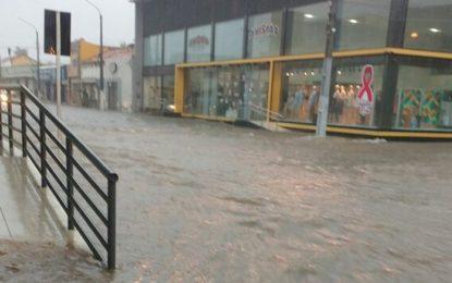 Floriano teve em três horas 70% do volume de chuva esperado para dezembro