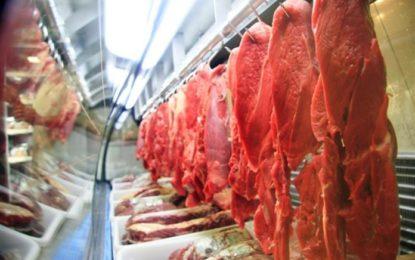 Bolsonaro diz que não vai interferir no mercado para reduzir preço da carne