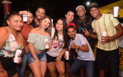Grupo de WhatsApp da Dry Fest faz 3 anos e é comemorado com festa entre integrantes