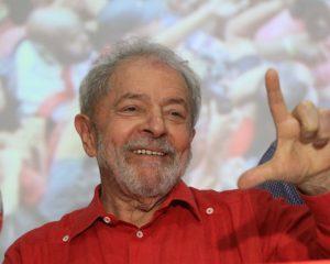 Para Lula, PT deve ter candidatos a prefeitos em dez capitais