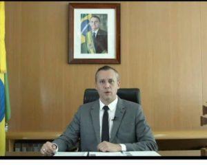 Bolsonaro decide afastar secretário após discurso semelhante ao de ministro de Hitler