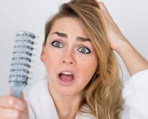 Queda de cabelo: Entenda os tratamentos indicados