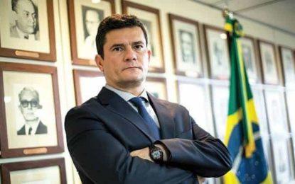 No Twitter, Moro elogia Fux por suspensão do juiz de garantias