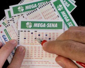 Mega-Sena acumula e deve pagar R$ 27 milhões no sábado