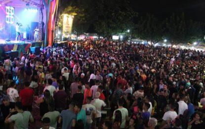 Carnaval de Água Branca inicia nesta sexta-feira, 21.