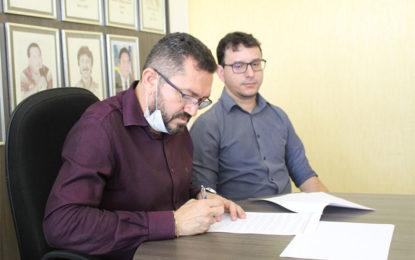 Prefeitura de Picos decreta fechamento de lojas e prorroga impostos