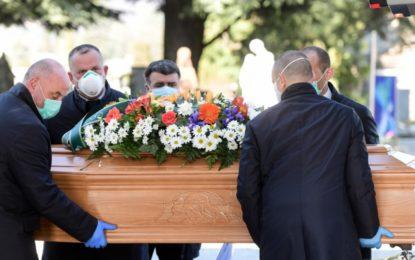 Itália bate de novo recorde de mortos por coronavírus: 793 em 24 horas