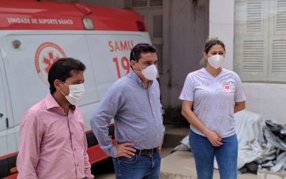 MP fiscaliza lavagem e sanitização de ambulâncias do SAMU de Floriano