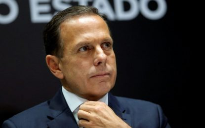 São Paulo bate recorde e registra 6.382 novos casos após reabertura